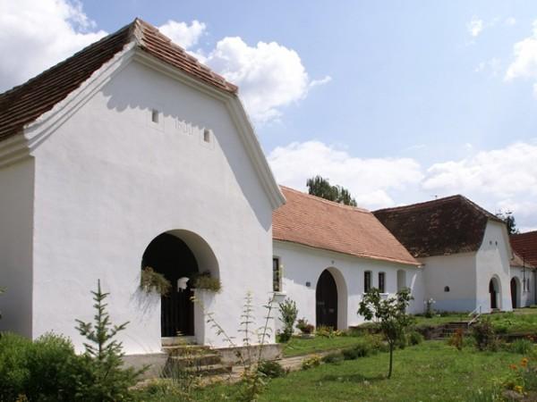 Muzeum hliněného stavitelství vRostěnicích-Zvonovicích.